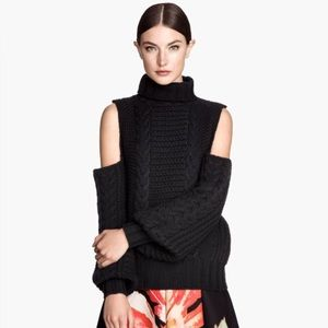 H&M cut off shoulders oversized sweater